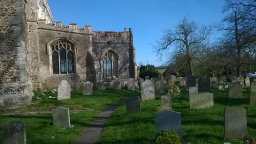 great_bromley_churchyard_small