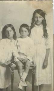 Winnie, Bert and Lily