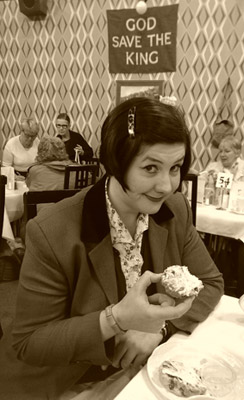 Time-travelling scone-munching