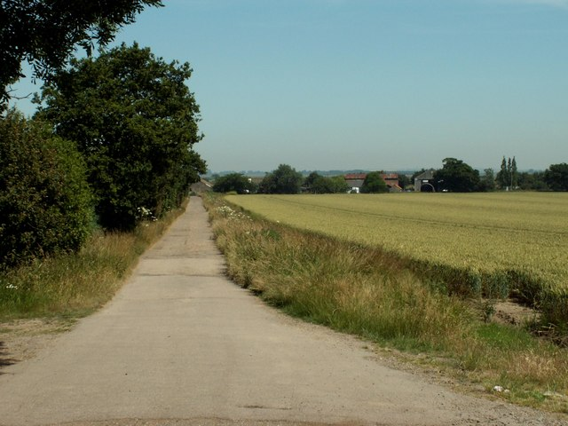 Approach to Lower Barn Farm, Beaumont. From Wikimedia Commons. By Robert Edwards.